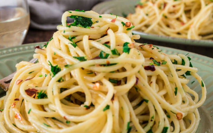 Spaghetti Aglio, Olio e Peperoncino with Garlic, Olive Oil and Chilli Spaghetti