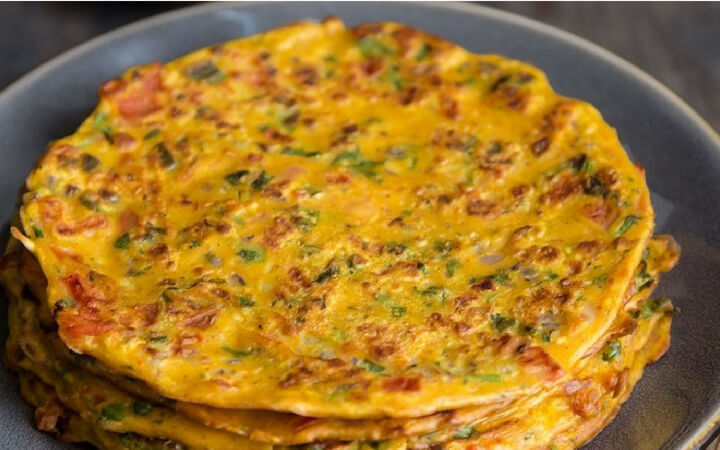 Besan Chilla Weight Loss- 10 Minute Breakfast