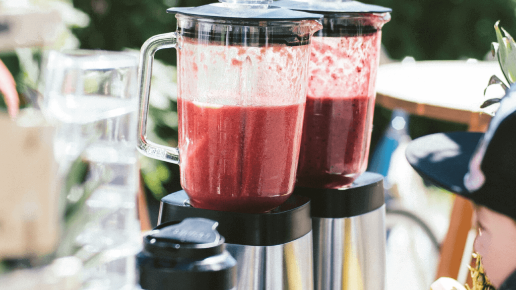 Smoothies vs Shakes – What Is The Difference