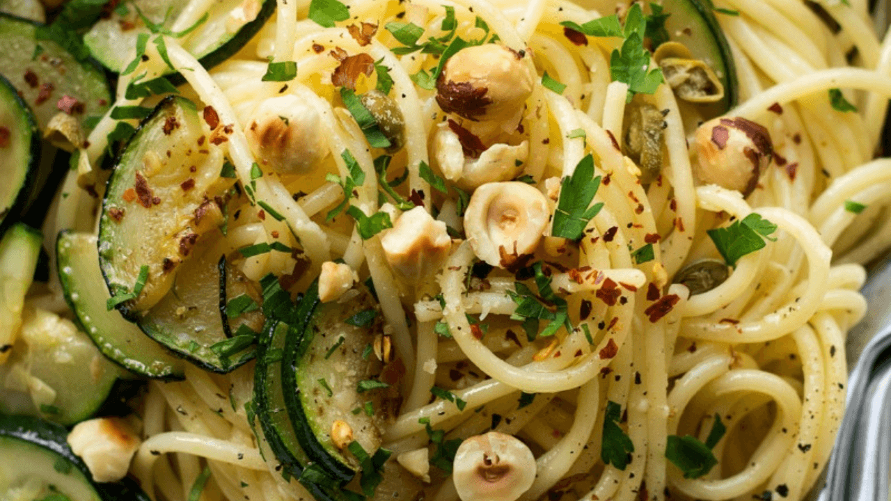 Aglio e olio Viva La Pasta! Types Of Pasta Dishes #Quiz