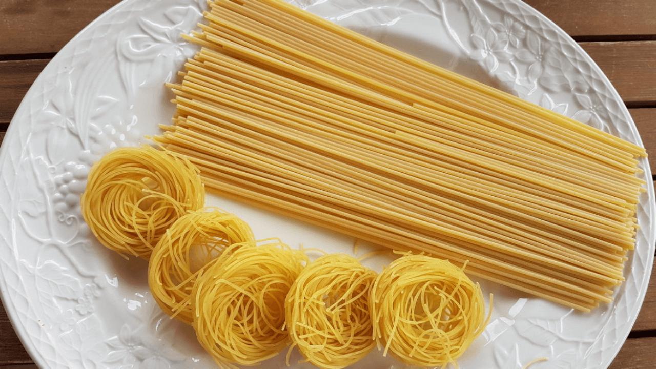 Vermicelli and linguine Viva La Pasta! Types Of Pasta Dishes #Quiz