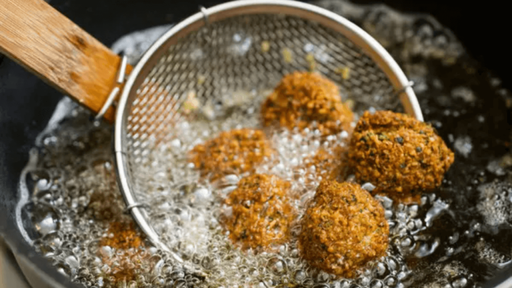 Why Should You Avoid Eating Oil Fried Foods?