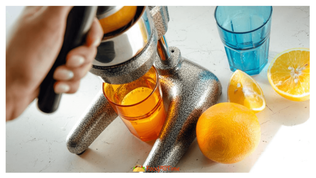 The 6 Best Manual Juicers 2020 – Reviews & Buyer's Guide