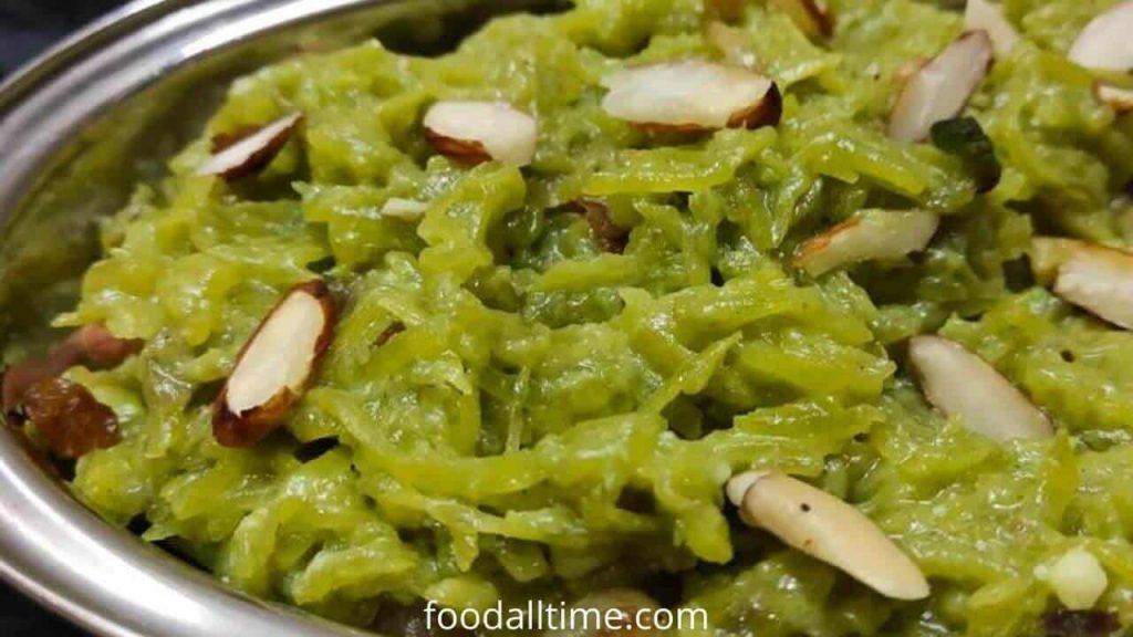 Lauki Ka Halwa Recipe- Rich And Creamy Indian Dessert