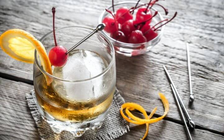 Bourbon Old Fashioned Classic Cocktails Recipe